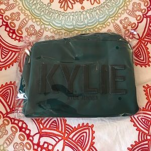 Kylie Cosmetics Holiday Collection 2017 Makeup Bag